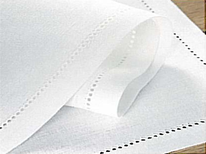 Plain White Linen 122 Thread